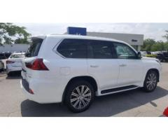 My used 2016 lexus lx570 GCC Specs full option...
