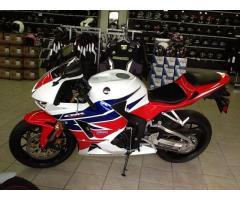 Se vende moto Honda cbr600 M-2015