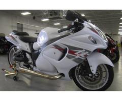 Se vende moto Suzuki Hayabusa M-2013