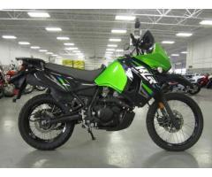 Se vende moto Kawasaki KLR M-2014
