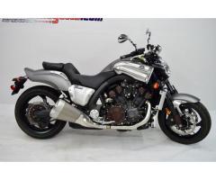 Se vende moto Yamaha Vmax 1.7 M-2014
