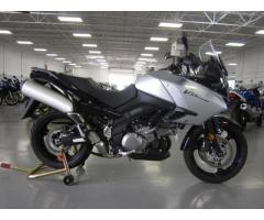 Se vende moto Suzuki V-Strom 1000R M-2008
