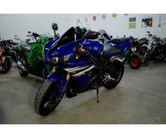 Se vende moto Yamaha YZF R1 M-2007