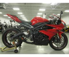 Se vende moto Triumph Daytona M-2014